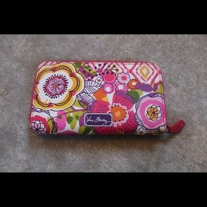 Vera Bradley wallet / price is negotiable